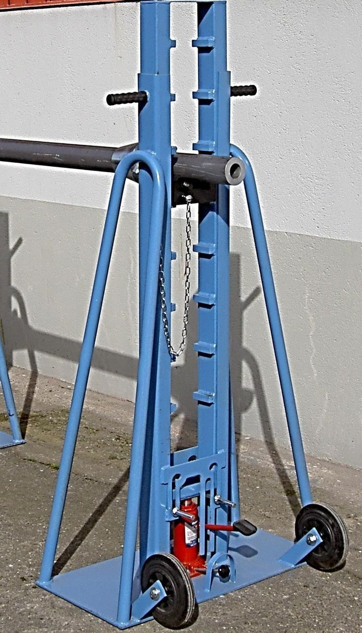 Cable reel stand with hydraulic lifting Cable reel stands ...